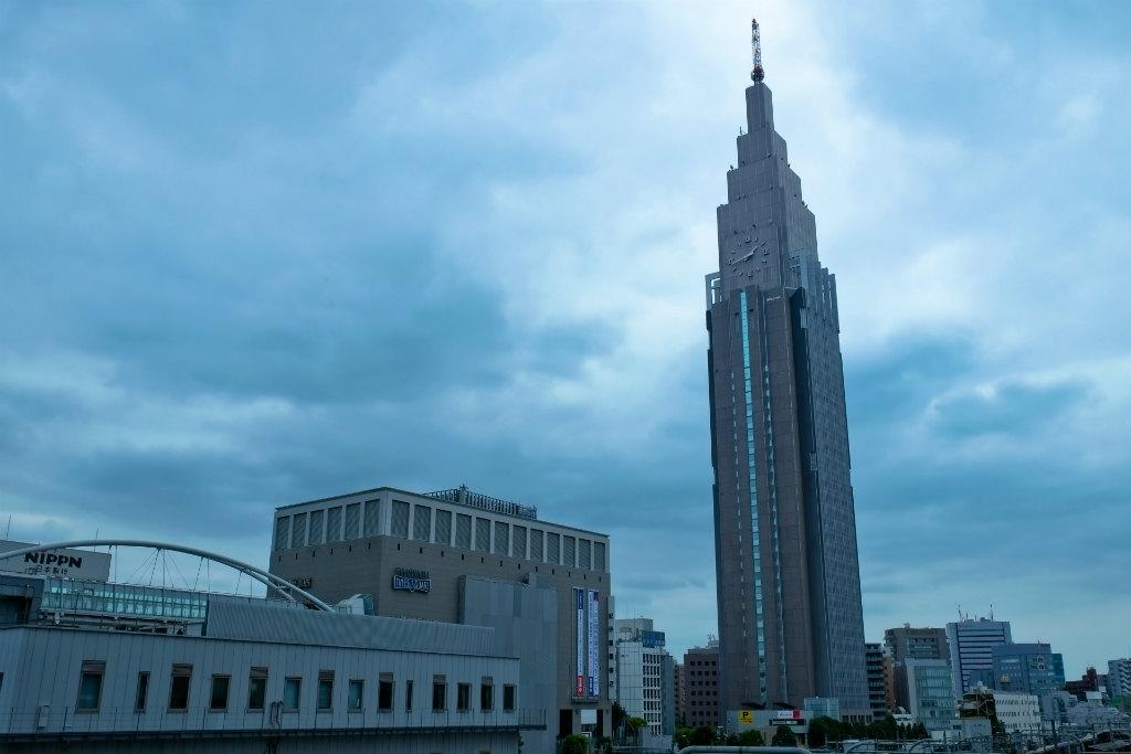 新宿の曇り空